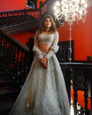 Wedding Lehenga for Apple Shaped Body