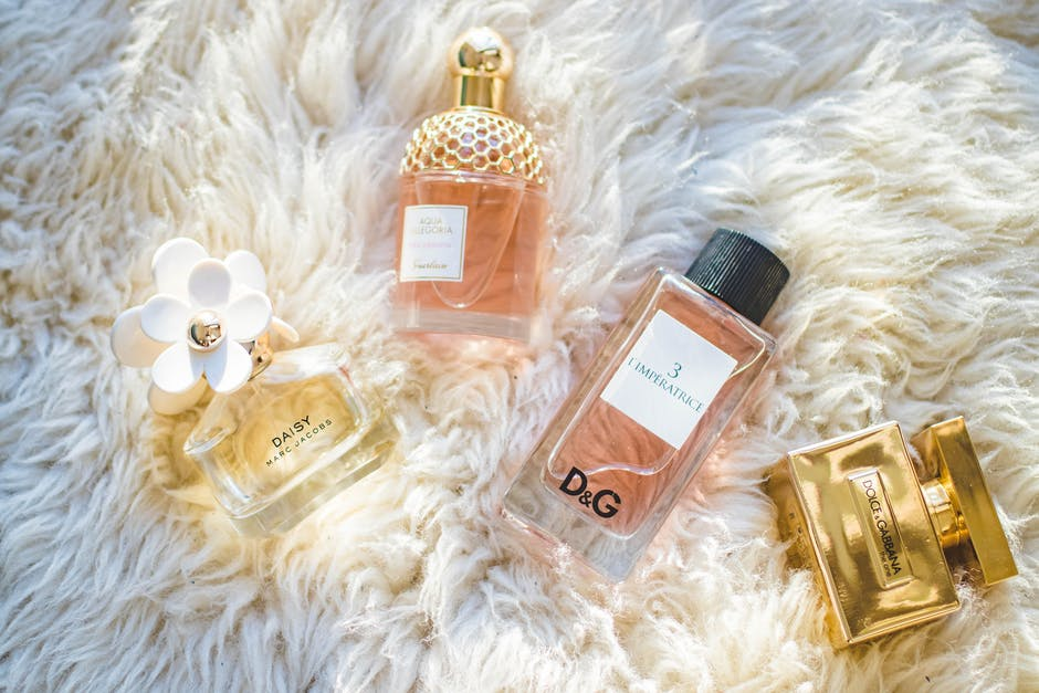 How to Choose a Perfume That Suits You Well